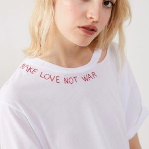NEW PROJECT SOCIAL T UO COLLAB MAKE LOVE NOT WAR